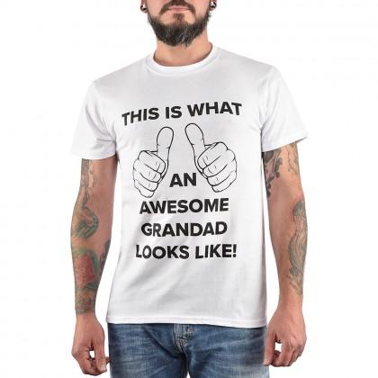 Бяла мъжка тениска с щампа Awesome Grandad